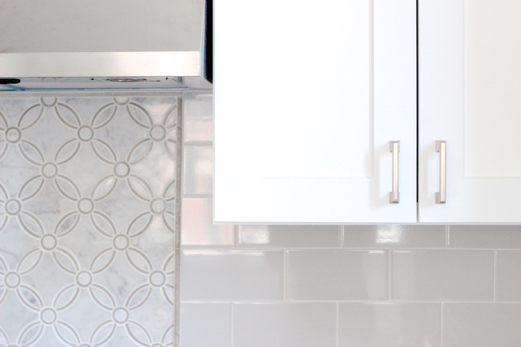 samantha regan design_kitchen backsplash