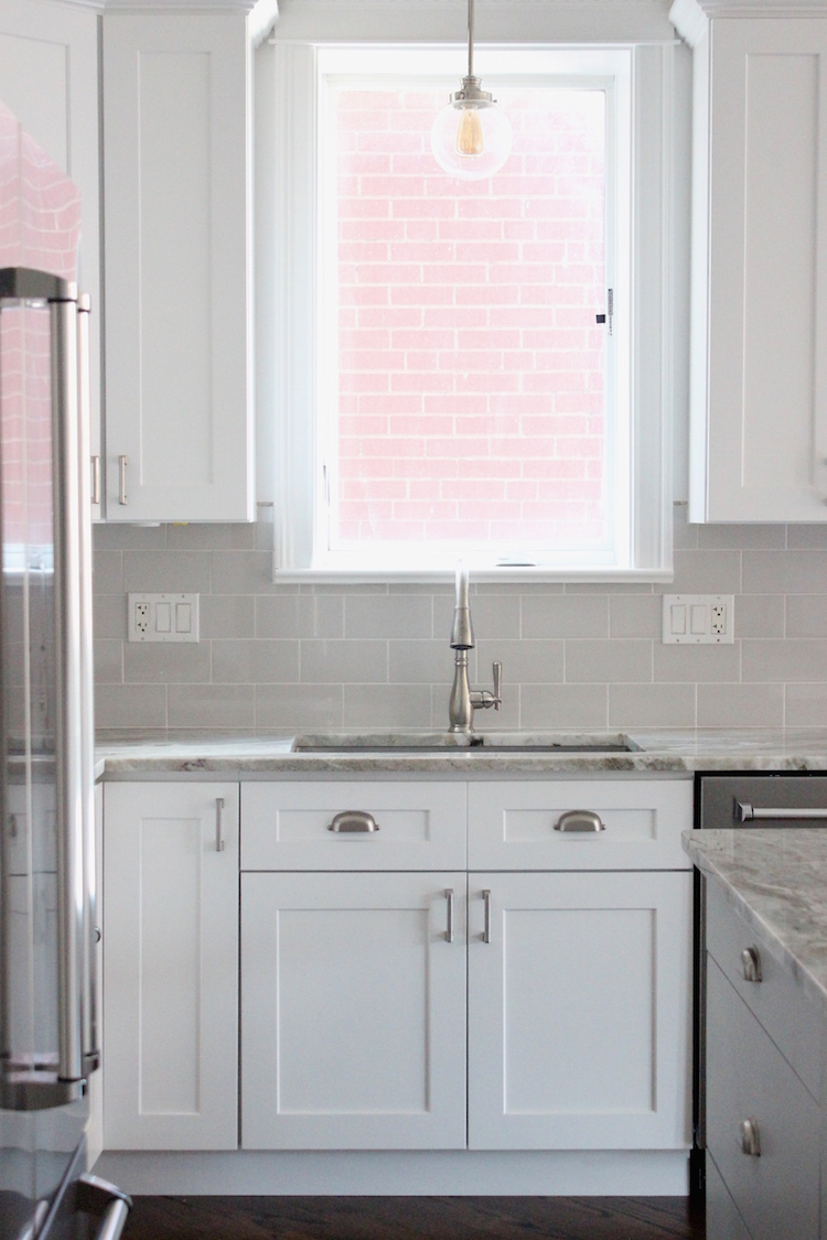 Chicago kitchen with gray subway tile backsplash