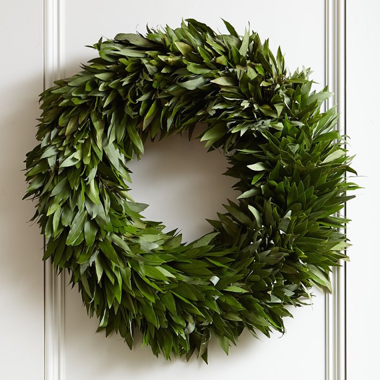 So if you are in need of a new wreath, check out these that I'm crushing on. I love the natural look and simplicity of all of them. All classics (and all faux) so they will last for years!!