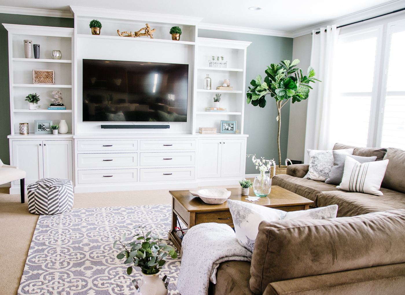 Stunning Furniture Mesmerizing Living Room Built Ins Cabinets 43
